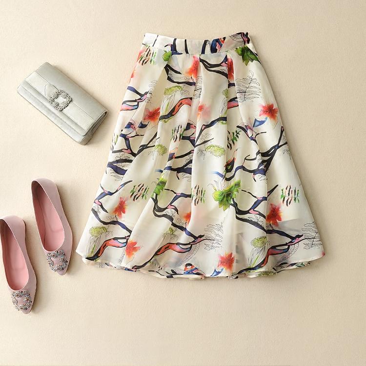 如画般唯美 质地柔滑而挺括 真丝生丝缎伞裙半身裙 米虫爱吃米真丝半身裙