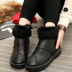 雪地靴 时尚暖暖哒出街