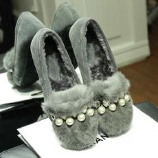 甜美加绒豆豆鞋