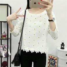 秋装女装蕾丝衫长袖女士T恤韩版宽松圆领学生体恤短款打底衫上衣