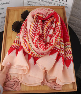 披肩女夏季海边防晒沙滩巾空调纱巾丝巾超大橘色几何民族棉麻围巾