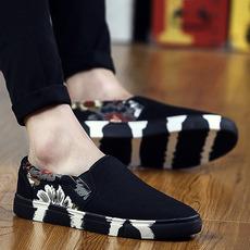 韩版潮流帆布鞋潮流潮鞋休闲男鞋子低帮百搭一脚蹬懒人老北京布鞋