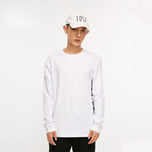 Weizhi MLMR Male Xia Xin White Letter Printed Leisure Sanitary Clothing Round Neck Long Sleeve T-shirt 218302504