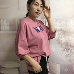 2018秋新款韩版宽松字母人物印花灯笼七分袖糖果色T恤套头卫衣女