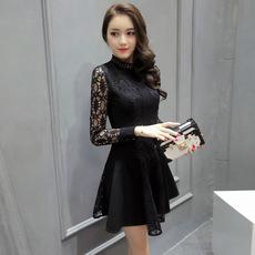 春秋新款小香风拼接高端蕾丝连衣裙 中长气质显瘦修身长袖公主裙