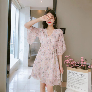 2019夏季新款小个子V领碎花雪纺收腰超可爱连衣裙短裙学生仙女裙