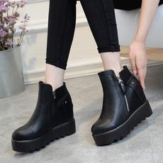 厚底短靴女秋冬季松糕鞋内增高坡跟马丁靴大码40-41-42女靴子女鞋