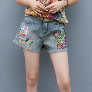 泰国潮牌2019夏装新欧货复古个性破洞毛边花色牛仔<span class=H>短裤</span>女外穿热裤