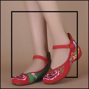 谭谭新款花朵绿色在望红绿配色与图大气温婉<span class=H>绣花鞋</span> 舒适有格调