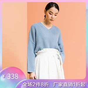 播 2018冬装专柜新品韩版宽松V领简约短款套头毛衫女DDK4E262