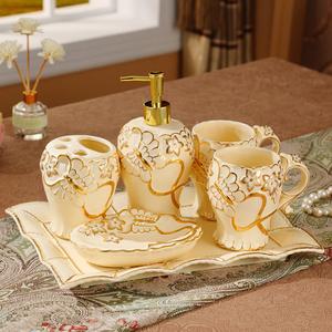 欧式陶瓷<span class=H>卫浴</span>五件套洗漱套装高档卫生间浴室<span class=H>用品</span>创意牙刷杯漱口杯