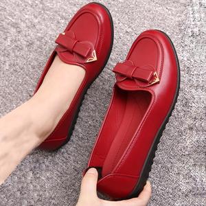 商场同款时尚软底妈妈浅口单鞋