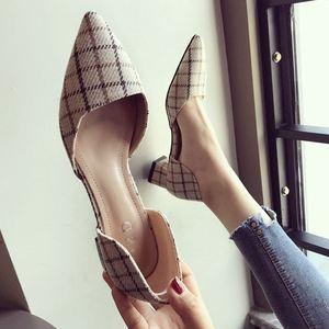 单鞋女2019新款春季尖头3CM低跟鞋大码粗跟<span class=H>女鞋</span>百搭时尚中跟<span class=H>鞋子</span>