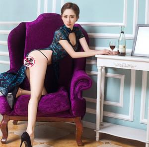 情趣内衣女古典孔雀肚兜开叉旗袍性感透明开裆露胸激情套装女制服