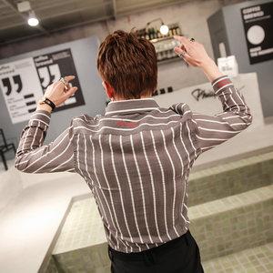 ZX2019春季原创细条纹设计长袖衬衫韩版修身小码青年男士潮流<span class=H>上衣</span>