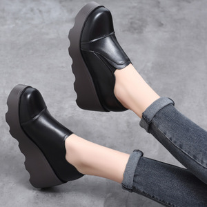 坡跟单鞋女2018新款春季<span class=H>女鞋</span>深口头层牛皮<span class=H>鞋子</span>真皮厚底圆头松糕鞋