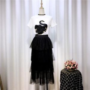 套装裙2019夏季新款时尚天鹅刺绣<span class=H>T恤</span>+修身百搭蛋糕半身裙两件套女