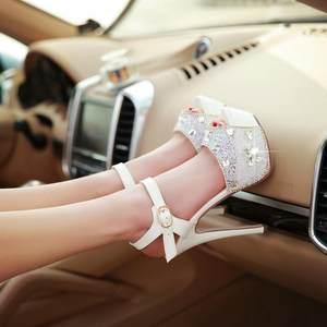 夏季新款性感夜店14cm超高跟鞋夜场白色带钻防水台细跟一字扣<span class=H>凉鞋</span>