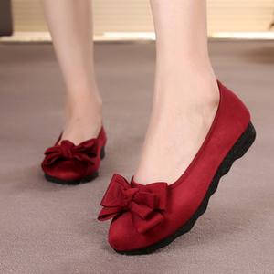 中年<span class=H>鞋子</span>老北京布鞋女2017春季新款百搭2018妈妈<span class=H>单鞋</span>41-43码<span class=H>女鞋</span>