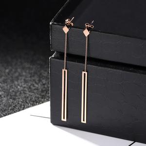 几何耳钉韩国气质女三角长款流苏耳环钛钢玫瑰金耳坠气质简约时尚