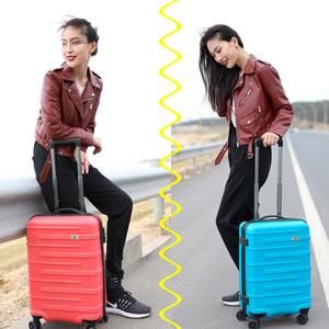 领30元券购买瑞士SUISSEWIN拉杆行李箱20寸登机箱男女潮时尚24寸旅行箱