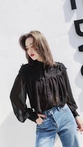 2019春季欧货正品时尚超美拼蕾丝雪纺衬衫女潮 小立领雪纺衬衣