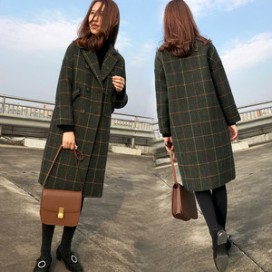 2018新款女装秋冬大码中长款毛呢外套女军绿色格子双排扣呢子大衣