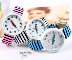 欧美爆款激情黑白条纹斑马纹性感皮带女表休闲可爱学生<span class=H>手表</span>