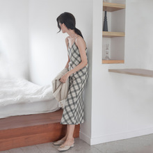 Summer 2009 hot temperament knee-length skirt women's dress style retro Plaid V-tie suspender dress women