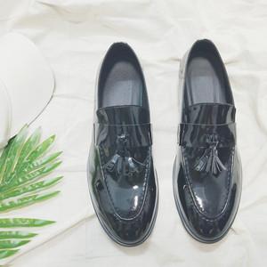 秋英伦百搭<span class=H>流苏</span>皮<span class=H>鞋</span>漆皮<span class=H>个性</span>发型师套脚乐福<span class=H>鞋</span>潮流男士船<span class=H>鞋</span>豆豆<span class=H>鞋</span>