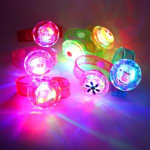 24个装<span class=H>热销</span>闪光手环亚克力手腕带儿童发光玩具小朋友礼物地摊货源