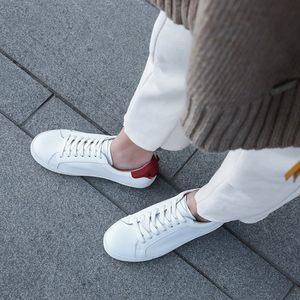 小皮姐高端定制款~头层牛皮小白鞋+休闲鞋<span class=H>女鞋</span>低帮鞋经典系带款