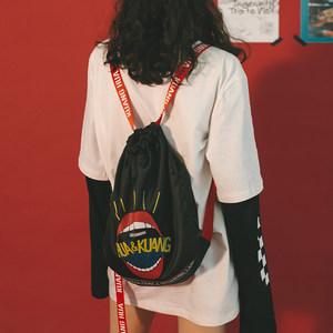 原宿街头束口<span class=H>双肩包</span>女日系嘻哈印花背包休闲学生户外运动抽绳包潮