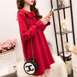 春装新款小清新红色针织<span class=H>毛衣</span>女网红中长款宽松连衣裙娃娃领上衣春
