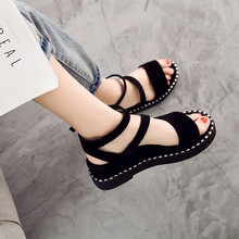 The New Korean Summer Button Flat-soled Roman Slope-heeled Sandals, Students'Sandals, Thick-soled Sandals, Muffin Cake