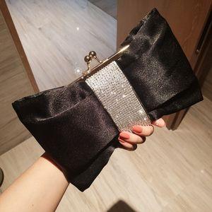 长方形<span class=H>手提包</span>女横款个性潮创意ins凹造型手包化妆包小包蝴蝶结女