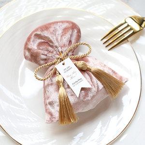 吉时创意礼品高档丝绒喜糖袋子布袋结婚喜糖盒欧式婚礼糖盒糖果袋