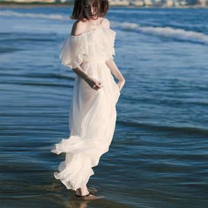 奈良白色沙滩裙抹胸<span class=H>雪纺</span>海边度假<span class=H>连衣裙</span>夏女2017新款波西米亚长裙