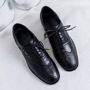ins小<span class=H>皮鞋</span>女2019春季新款真皮英伦风布洛克雕花方跟黑色复古单鞋