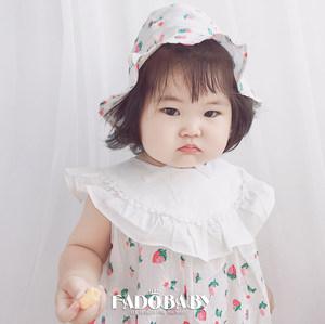 婴儿三角连体衣夏季新款0-2岁女宝宝爬服8个月纯棉荷叶领草莓<span class=H>哈衣</span>