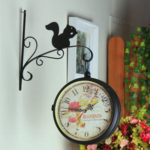 豪华气质欧式田园黑色铁艺玻璃小松鼠双面挂钟客厅卧室玄关挂钟
