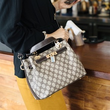 Hong Kong Delivery Girls Bag 2019 New Fashion Leather Lock Kelly Bag All-round Atmospheric Handbags Single Shoulder Bag Girls