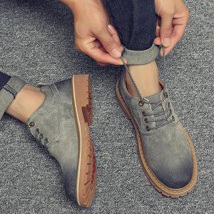 秋季男鞋韩版工装潮鞋英伦休闲<span class=H>皮鞋</span>低帮鞋子男短靴复古工装马丁靴