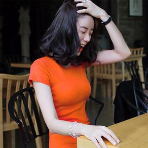 白色短袖<span class=H>T恤</span>女紧身纯色修身体恤显瘦夏季上衣半袖棉圆领打底衫桖