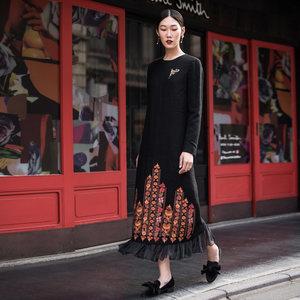 生活在左2018新款秋季女士复古气质绣花刺绣长袖连衣裙休闲长裙子