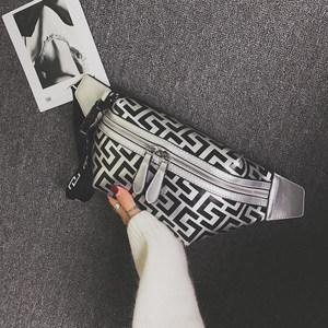 气质包包女2018新款时尚潮流轻便小胸包个性百搭单肩斜挎运动腰包
