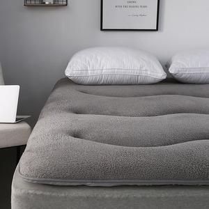 学生宿舍寝室1.8m<span class=H>床垫</span>1.5防滑单双人榻榻米1.2<span class=H>床褥</span>子羊羔绒保<span class=H>护垫</span>