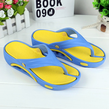 Korean version fashionable thick sole outside wearing herringbone slippers Xia Cute Student Slope heel sandals with soft soles and simple slippers