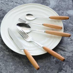 日式不锈钢西餐餐具套装家用木柄勺子叉子牛排刀水果叉勺