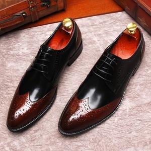 复古英伦雕花男士商务正装尖头皮鞋真皮拼色布洛克<span class=H>男鞋</span>系带潮<span class=H>鞋子</span>